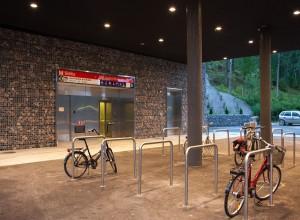 Siilitie-metroasema-kivikorit-4